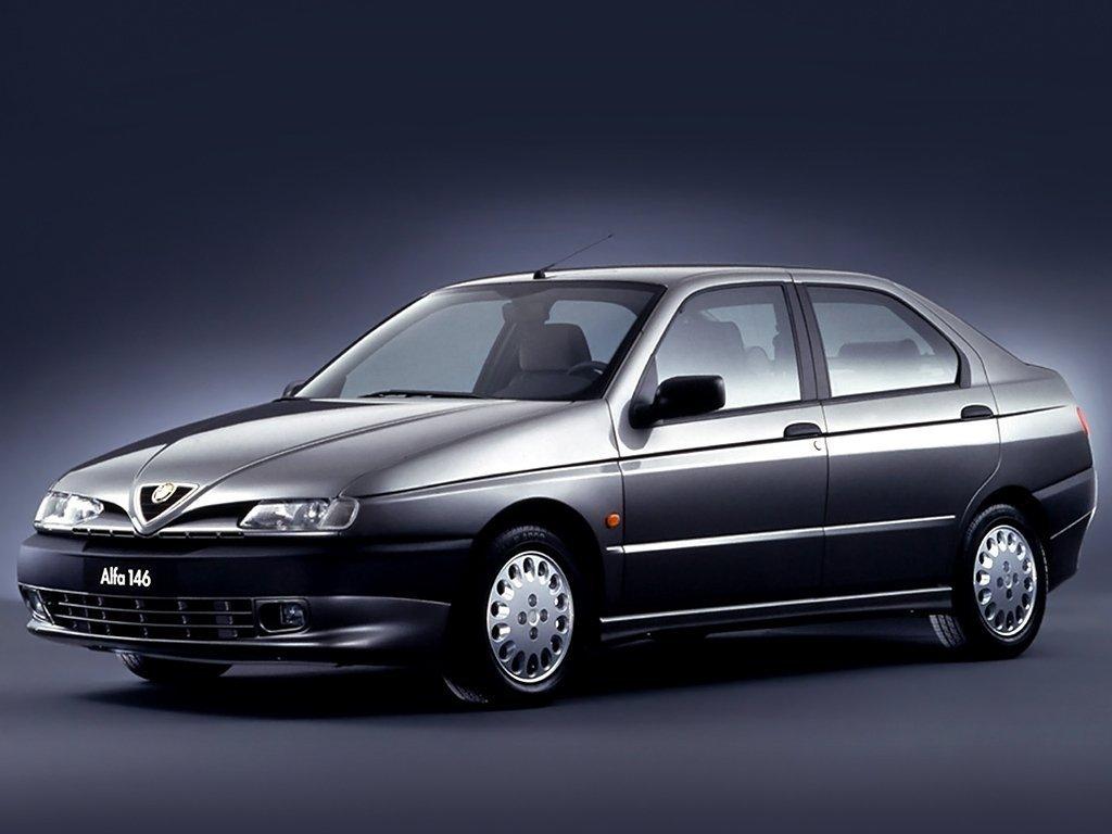 Расход газа четырёх комплектаций хэтчбека пять дверей Alfa Romeo 146.  Разница стоимости заправки газом и